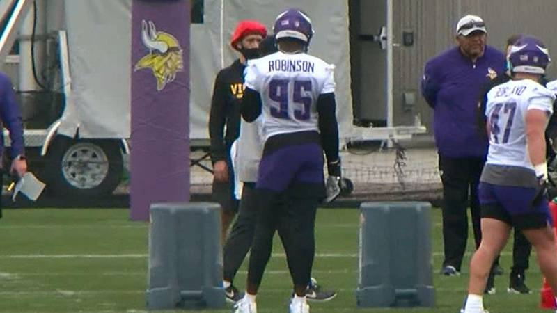 JRob looking back at first minicamps with Vikings