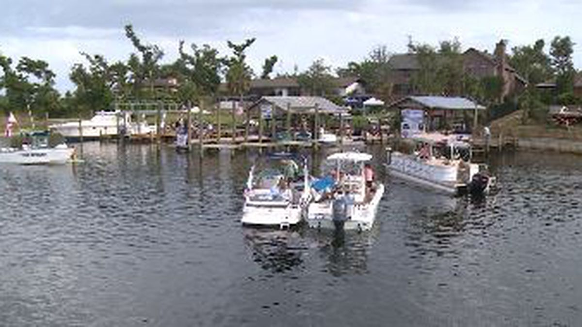 Over 150 boats attended the concert on the dock. (WJHG/WECP)