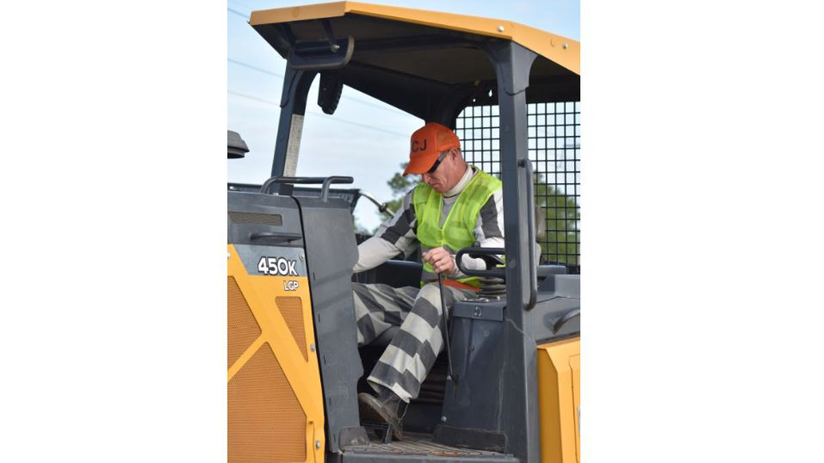 Four men incarcerated at the Walton County Jail graduated from Heavy Equipment Operators...