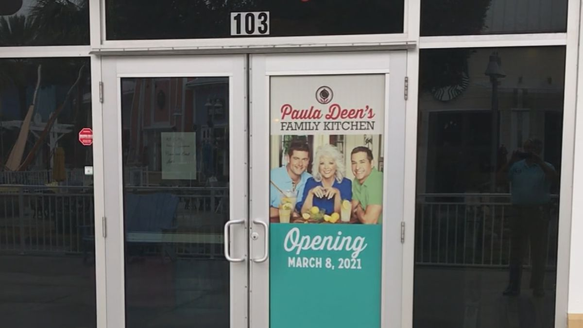 The Paula Deen's Family Kitchen in Panama City Beach is reopening.
