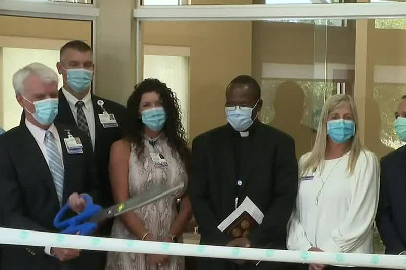 Ascension Sacred Heart held a ribbon-cutting ceremony earlier on Monday for the grand opening...