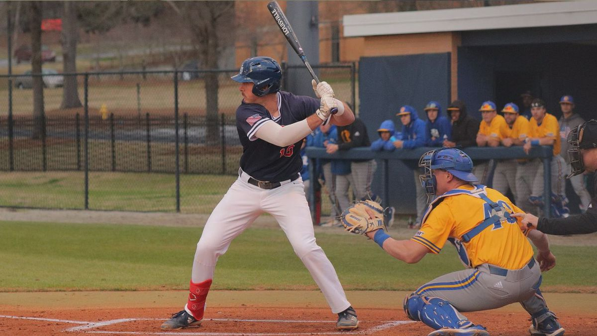 Bryson Horne signs with the Atlanta Braves. (WJHG/WECP)