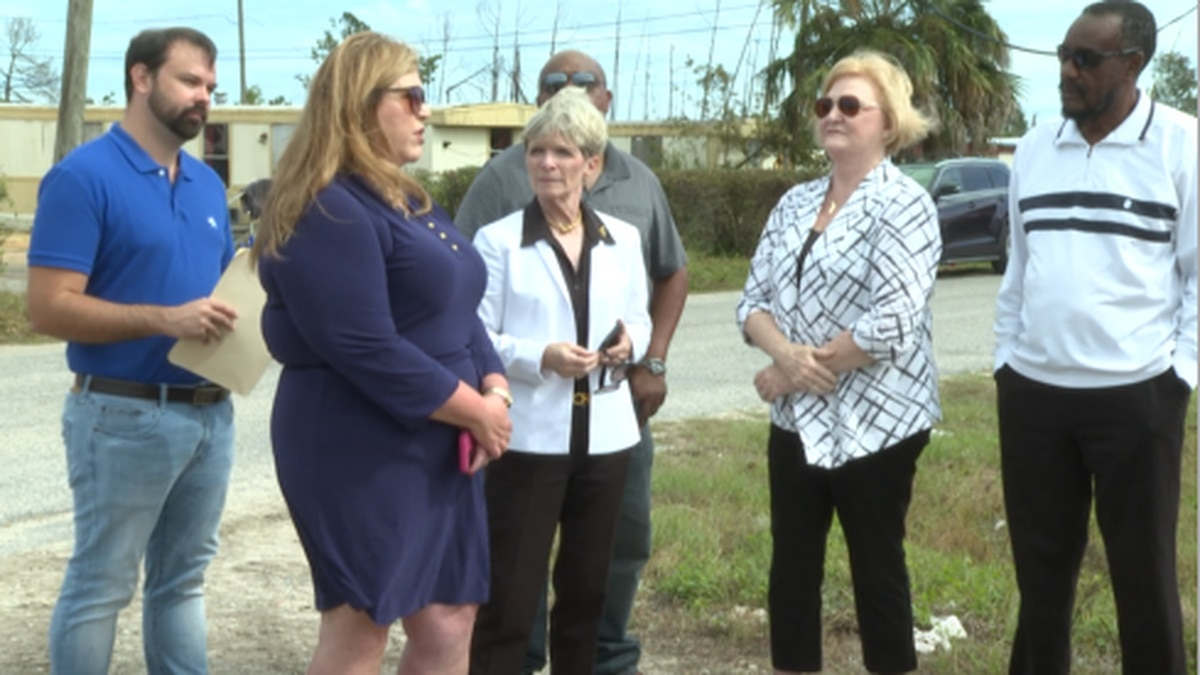 One Florida Democratic leader spent the afternoon in Lynn Haven Tuesday to view the lack of hurricane recovery in one apartment complex. (WJHG/WECP)