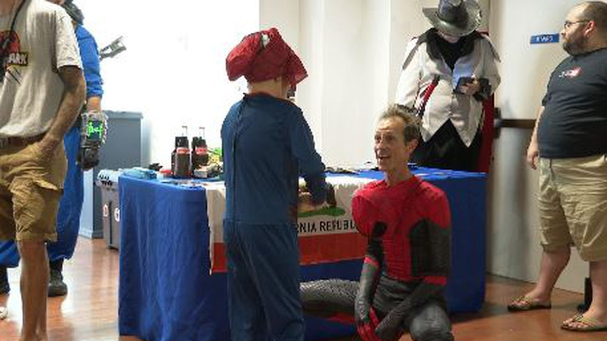 Kids meet their favorite movie and video game characters, and make their own artwork, at the Panama City Center for the Arts. (WJHG/WECP)