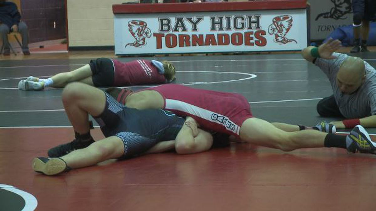 Wewa's Jaden Moseley pins South Walton's Frank Bonjean in a bout at 132 pounds.