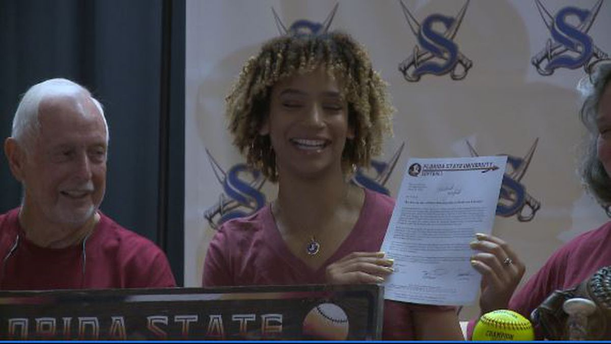 Sneads senior Michaela Edenfield signs scholarship offer with FSU softball program Friday.