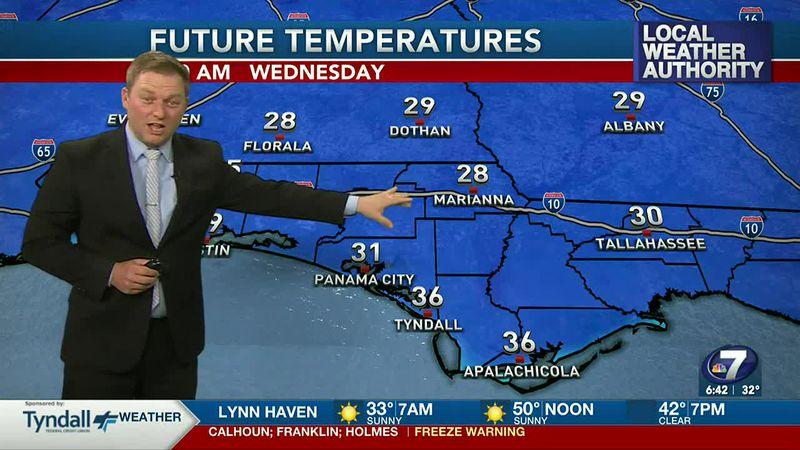 Meteorologist Ryan Michaels showing tomorrow morning's lows.