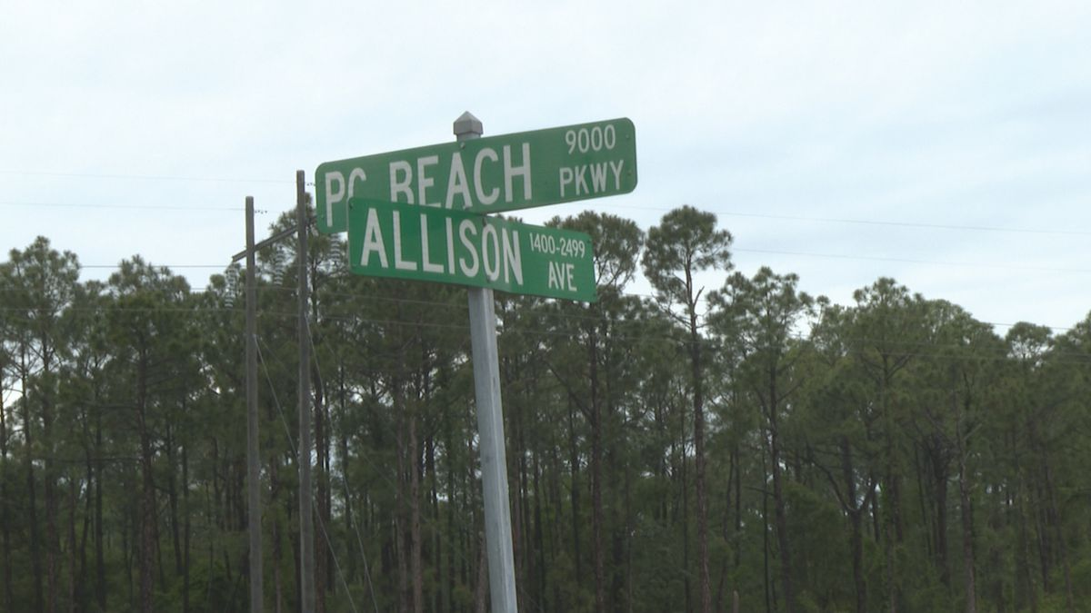 If you find yourself waiting for a long time trying to turn at the intersection of Allison...