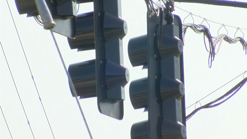A new traffic light is coming to Chipley.