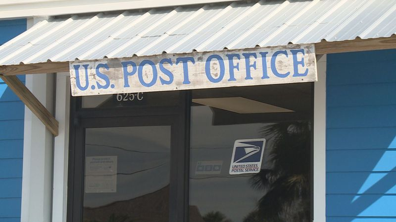 The new post office will remsin open