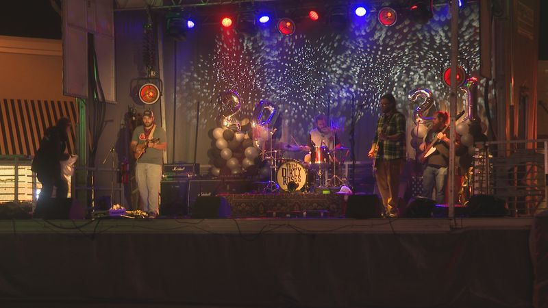 Tourists and locals took to Downtown Panama City for the New Years Eve Downtown Countdown concert