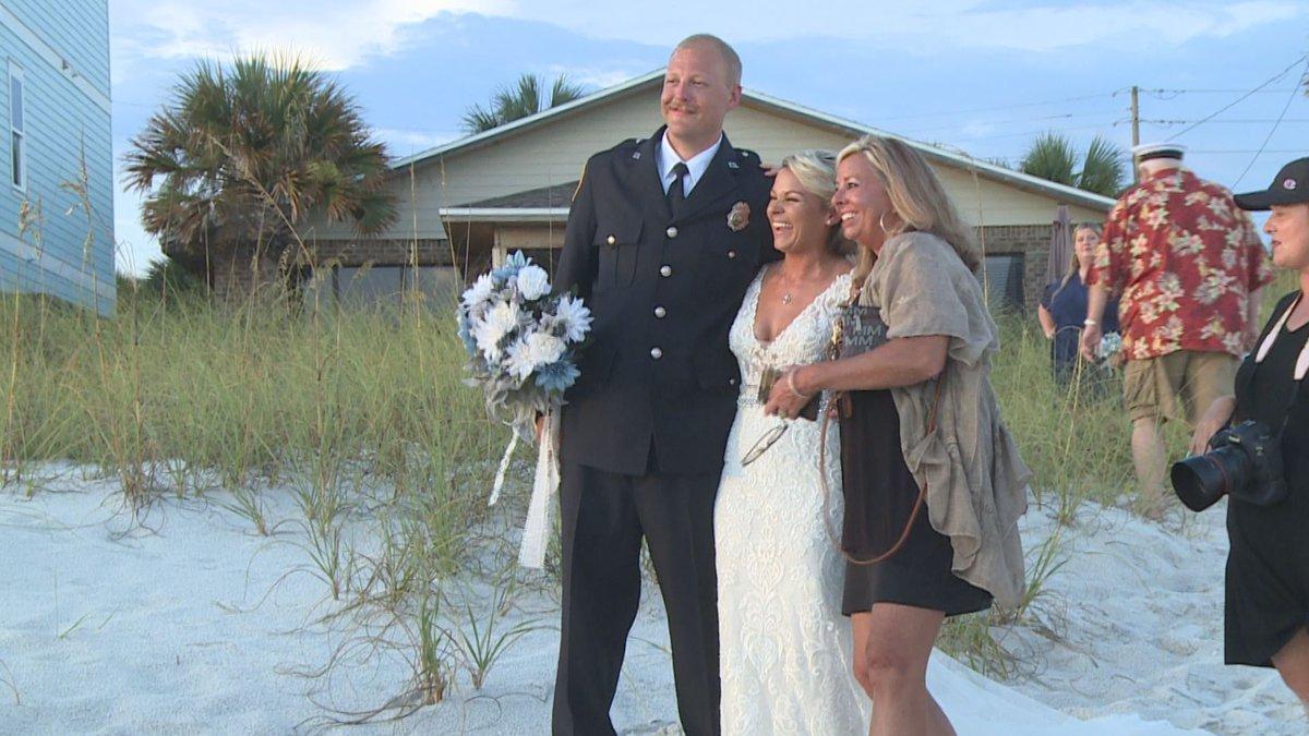 Tyler & Cassandra Farrar invited Sandy Osborn to their wedding after Osborn found their...