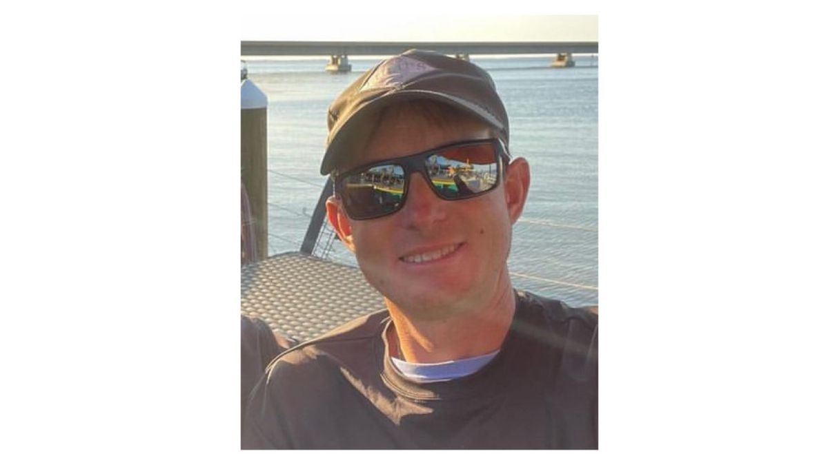 Bay County Sheriff's Office are looking for a pilot who is accused of flying recklessly.