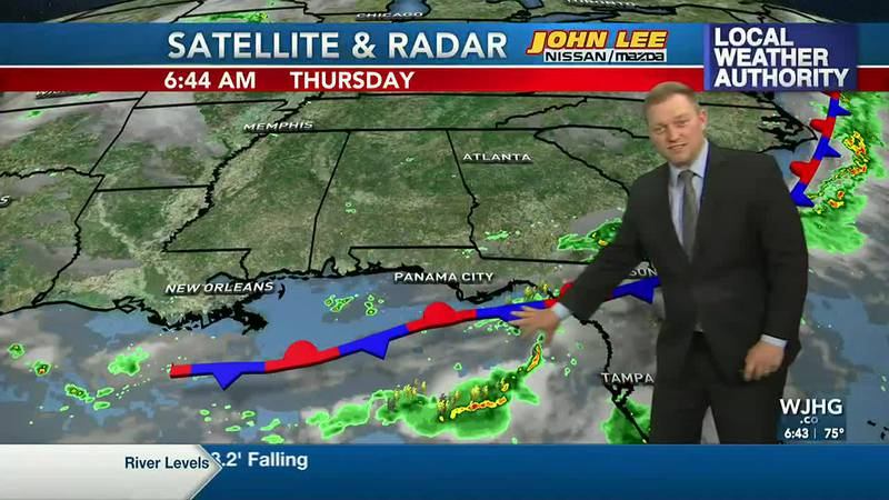 Meteorologist Ryan Michaels says the heavier rains stay to our southeast this morning.