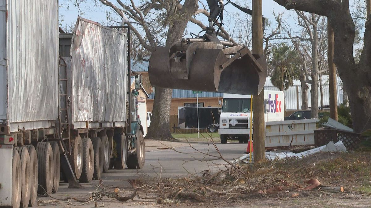 Parker city leaders release overall cost for hurricane recovery efforts and why they are trying to make their rates comparable to other cities in Bay County. (WJHG/WECP)