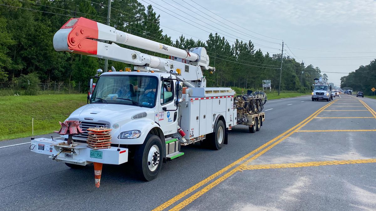 Gulf Power crews leaving to help restoration efforts before Hurricane Isaias makes landfall. Pensacola, Florida on July 31, 2019.
