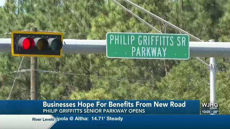 Locals praise new road