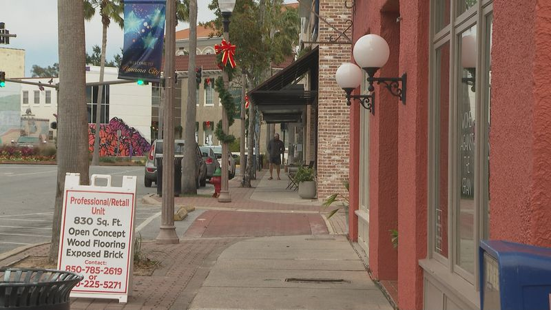 Small business Saturday gives Downtown Panama City stores a much needed boost.